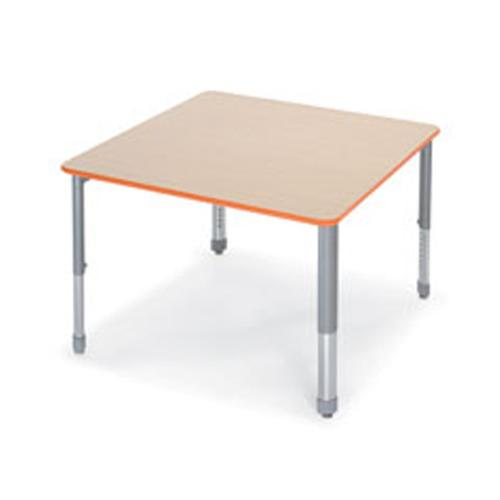 Smith System Interchange™ Square Activity Table